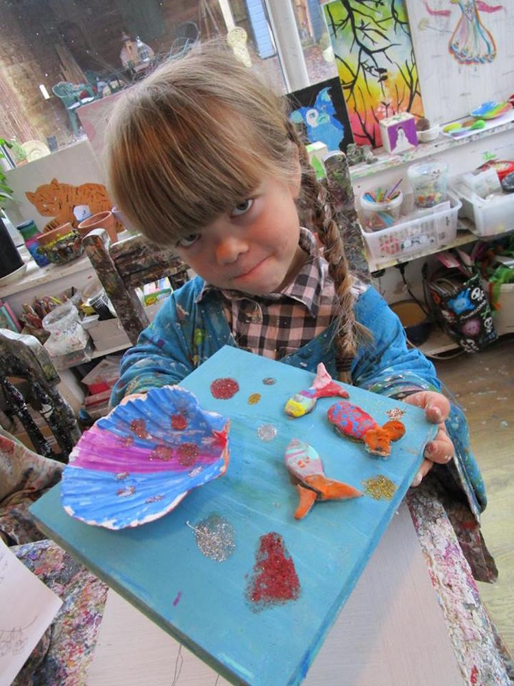 Online art gallery at parsley pie hale cheshire parsley for Craft classes for toddlers